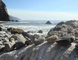 エサレン研究所の海の画像