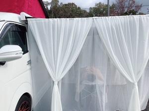 移動式マッサージ「グラウンドワーク ビークル」の車外マッサージの画像